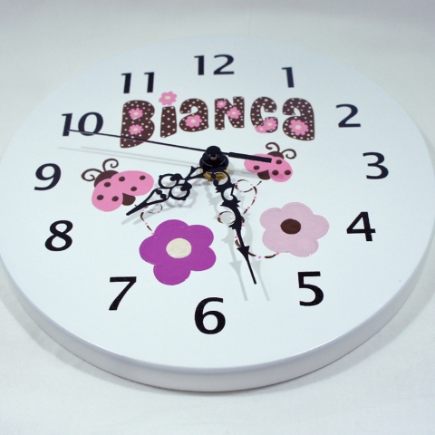 reloj para niños personalizado Mariquitas rosadas